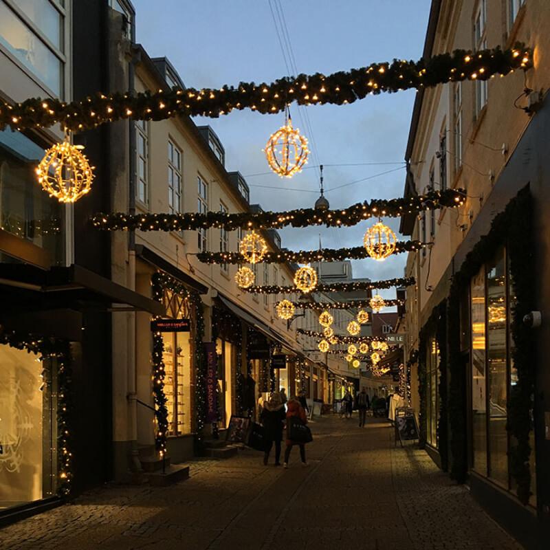 Sæson belysning i Skt Clemens Stræde